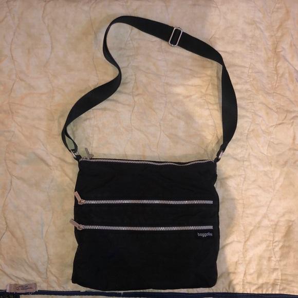 Baggallini Handbags - Black nylon cross body bag